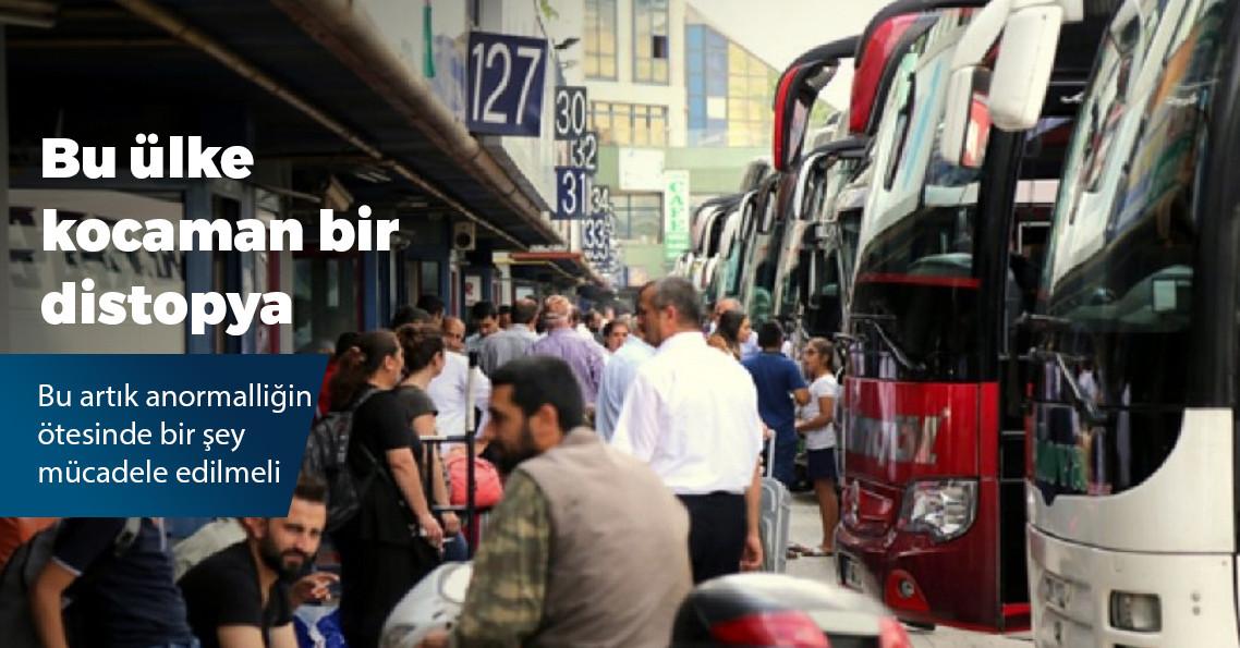 Yere Erdoğan'ın fotoğrafının olduğu gazeteyi seren şoför gözaltına alındı