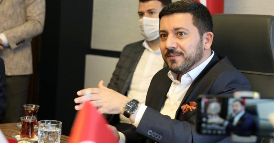 İstifası istenince sigara içmek için dışarı çıktı, ortadan kayboldu: Rasim Arı'nın istifasının perde arkası
